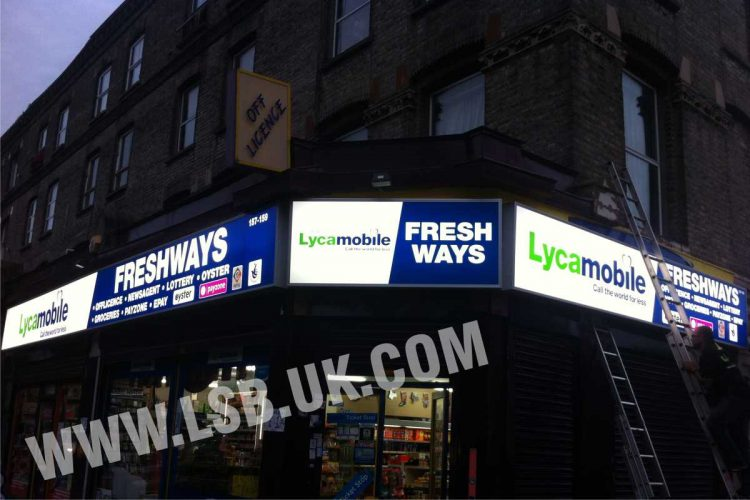 Outdoor indoor light box sign supermarket off licence