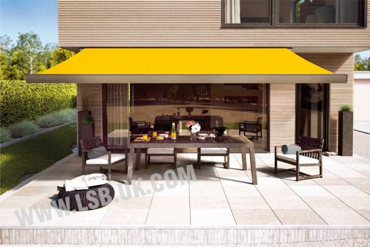 house blinds awning with spotlight markilux